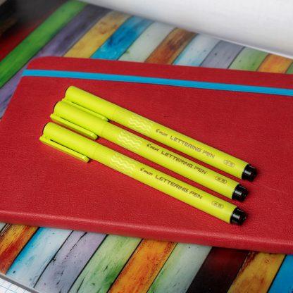 Pilot Lettering Pen (Set of 3) – Black