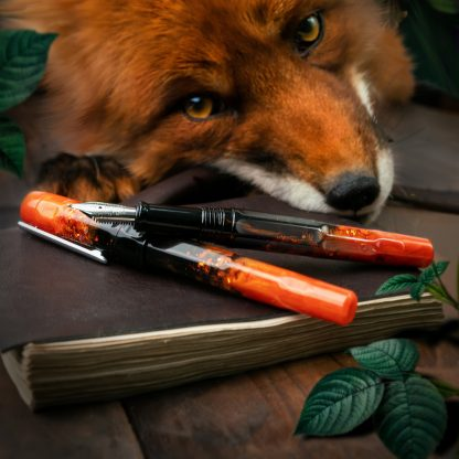 Benu Talisman Fountain Pen – Fox Gloves